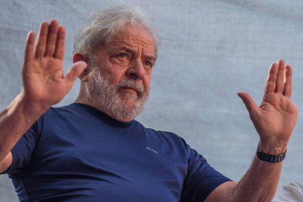 Lula agradece Maia e outros parlamentares por atuação contra transferência