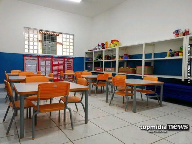 Separa que é briga: mães de alunos armam barraco em porta de escola e PM é acionada