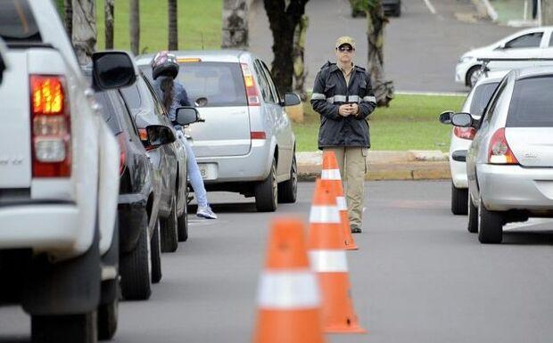 Agetran alerta para interdições em várias vias e condutores devem redobrar a atenção