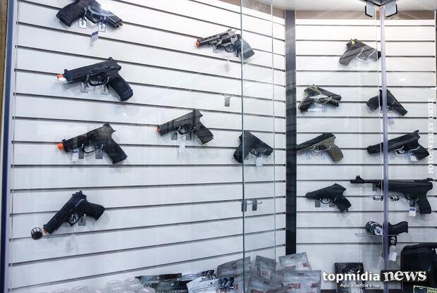 Exército divulga lista de armas de uso permitido e uso restrito