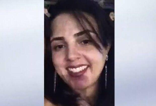 Mulher morre eletrocutada usando secador de cabelo