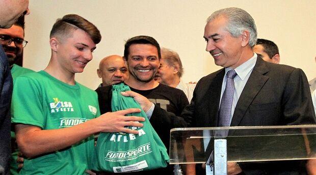Governador anuncia orçamento de R$ 2,8 milhões para ampliação do Bolsa Atleta e Bolsa Técnico