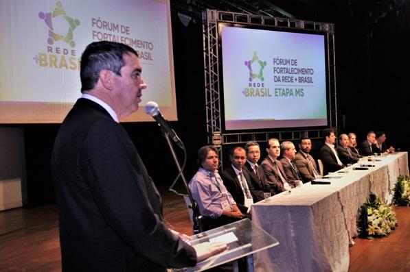 Fórum nacional promovido pelo governo do estado reúne gestores na Capital