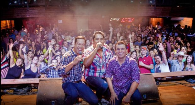 Sertanejos de MS vencem concurso e se apresentam em um dos maiores rodeios do Brasil