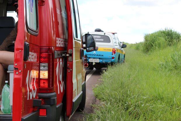 Mulher cai de Biz e fica ferida após pneu estourar em Nova Andradina