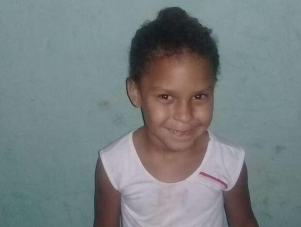 Faltam dois dias: mãe pede ajuda para realizar festinha de aniversário da filha em Campo Grande