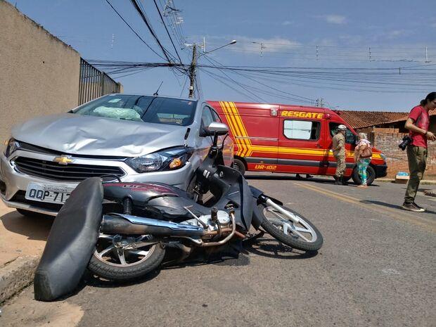 Mãe e filha a caminho da escola são atingidas por motorista de aplicativo