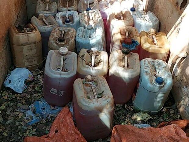 Dona de lava-jato é presa por armazenar combustível ilegalmente na Vila Eliane