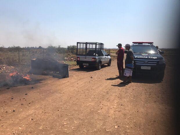 Homem é preso em flagrante queimando fios de cobre na região do São Conrado