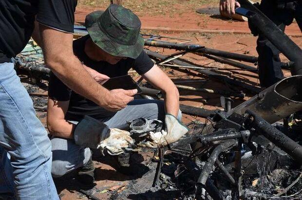 Polícia vai analisar peças do ultraleve que caiu com vereador e irmãos