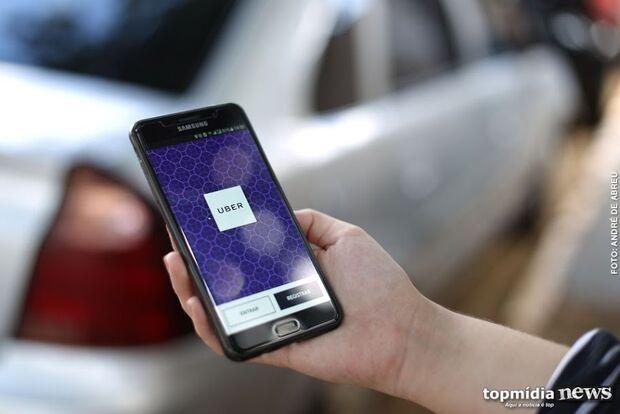 Enquete: maioria é contra medida que regulamenta serviço de aplicativos de transporte