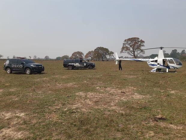 Piloto é preso ao pousar helicóptero em fazenda para carregar drogas