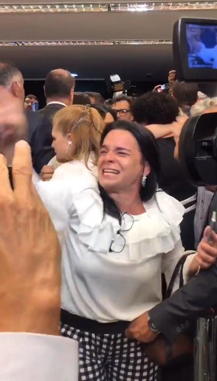 'Bolsonaro nunca mais', dizem manifestantes na Câmara durante votação da reforma da Previdência