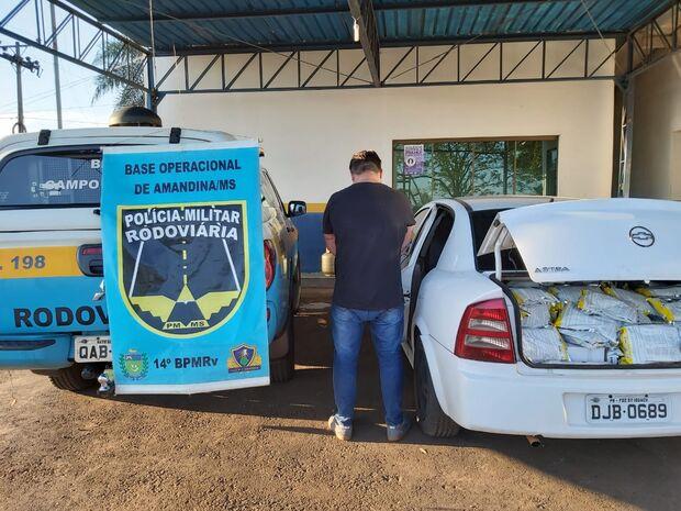 VENENO CRIMINOSO: homem é flagrado com 280 kg de agrotóxicos contrabandeados