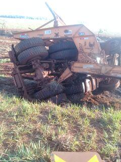 Morto em batida de carro e caminhão na BR-267 tinha 31 anos