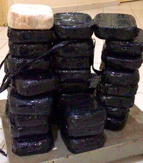 Economista e corretor de imóveis são presos com 36 kg de cocaína em Três Lagoas