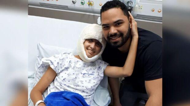 Jovem de acidente de kart recebe alta após 2 meses e 15 cirurgias