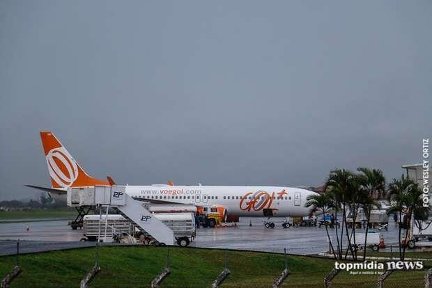 Aeroporto de Campo Grande opera por instrumentos neste domingo