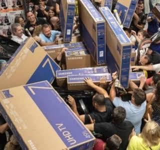QUE BELEZA: a cada dez brasileiros, oito pretendem fazer compras na Black Friday