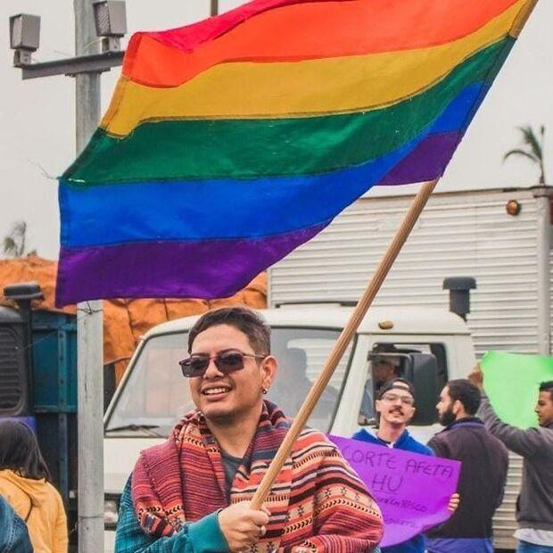 Amigos e família de militante LGBT do PT lamentam morte precoce