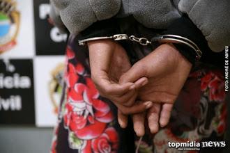 Homem é preso por agredir e xingar policiais: 'seus vermes, sou preso de juiz e conheço um coronel'