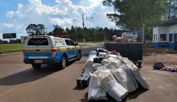 Durante perseguição, traficante abandona caminhão com 6t de maconha