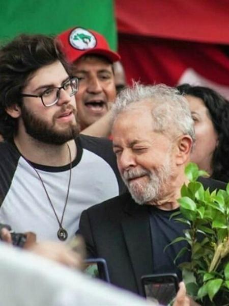 Neto de Lula desperta interesse de 'crushs' na internet: 'ele também está livre?'