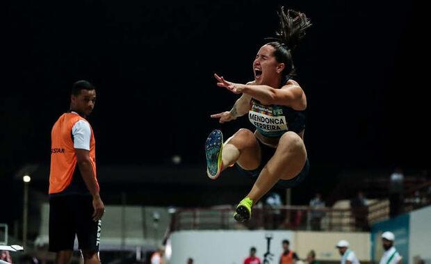 Paratleta de MS conquista bronze em campeonato mundial de salto
