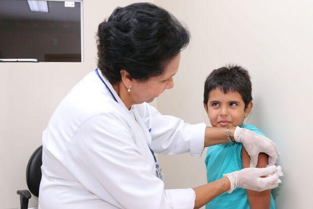 Campanha de Vacinação Antigripe 2020: infectologista desmente mitos sobre vacina