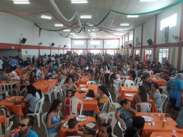 Porco no Rolete do Cotolengo acontece neste fim de semana com muita música e comida
