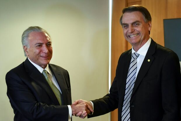 Gasto sigiloso de Bolsonaro ultrapassa Temer e empata com Dilma