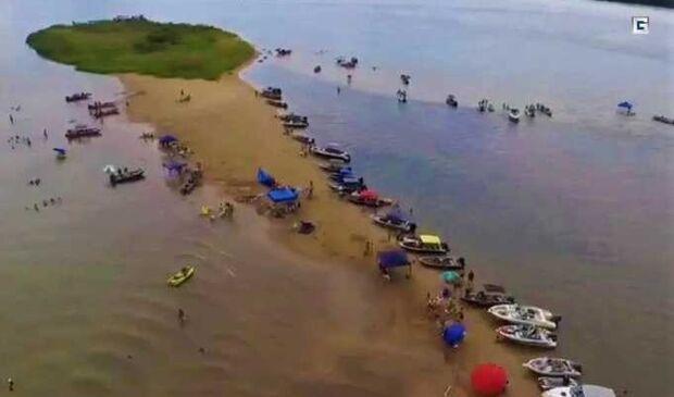 Pai e trigêmeos morrem durante banho no rio Paraná