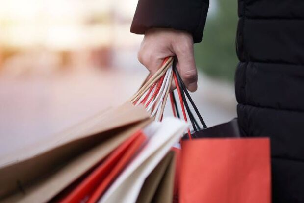 Isenção de imposto para compras no exterior passa de US$ 500 para US$ 1000