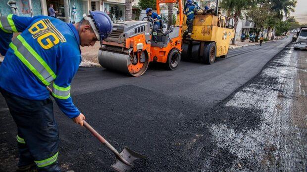 Prefeitura licita 25 quilômetros de recapeamento com prioridade para os bairros