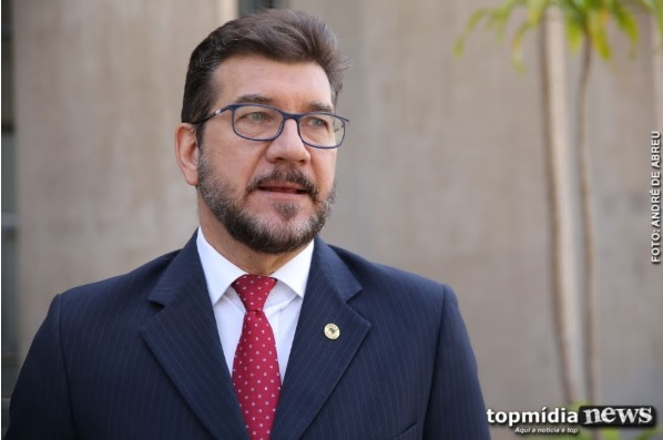 Deputado de MS vai contra Bolsonaro e acusa governo de 'precarizar empregos'