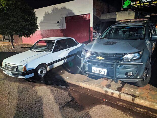 Choque recupera Chevette roubado no Jardim Leblon e prende três suspeitos