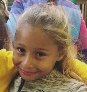 Criança que sumiu após brincar em praça é achada morta em área rural