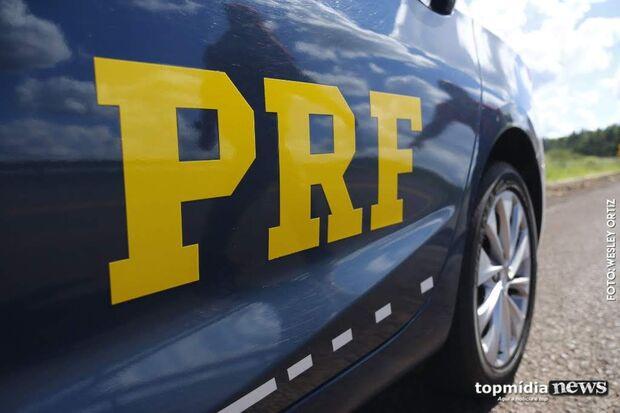 Motorista transportando arma de fogo é detido pela PRF