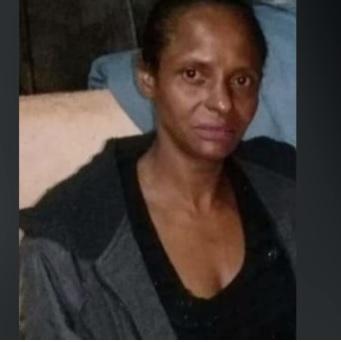 Grávida escreve nome de suspeito com sangue após ser esfaqueada