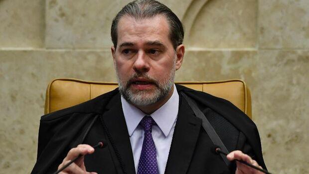 Dias Toffoli suspende juiz de garantias por seis meses