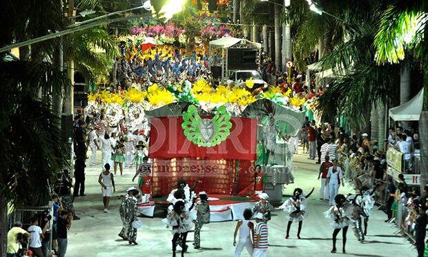 MS tem carnaval garantido, mas duas cidades trocam folia por serviços públicos