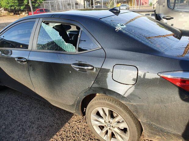 Deputado Trutis sofre atentado e tem carro crivado de balas