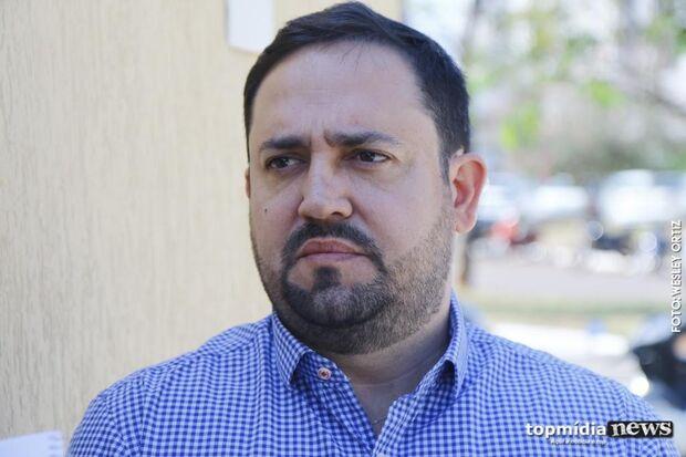 Com Puccinelli em baixa após prisões, MDB aposta em Márcio Fernandes
