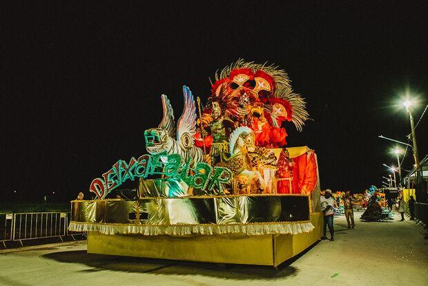 CAIPIRA PIRAPORA: Deixa Falar é grande campeã do desfile das escolas de samba de Campo Grande
