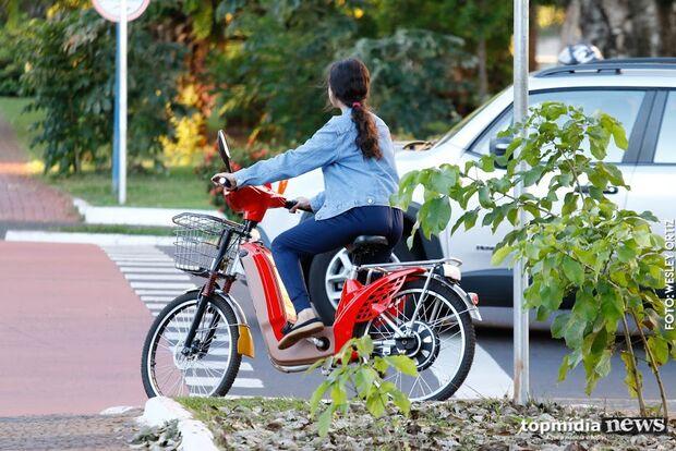 Vereadores analisam proposta para regulamentar bicicletas elétricas em Campo Grande
