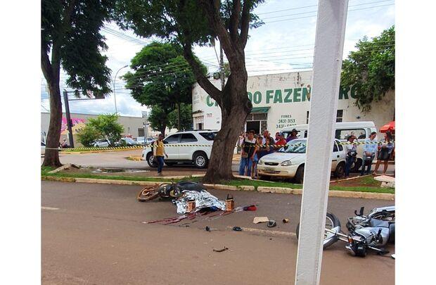 Suspeito de roubo morre e mulher fica em estado grave após perseguição