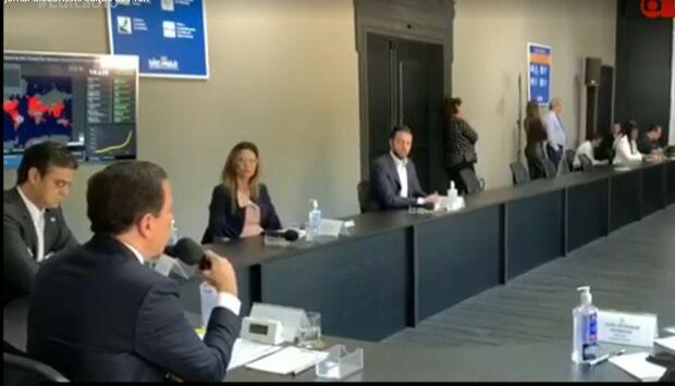 Bolsonaro e Doria discutem depois de presidente criticar medidas de isolamento