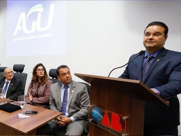 Deputado federal de MS dispara: governo Bolsonaro usa caos como método