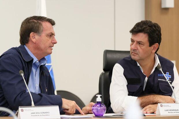 Mandetta defende discurso de Bolsonaro sobre economia e garante: 'não saio do cargo'