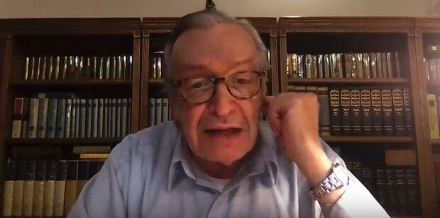 Olavo de Carvalho nega mortes pelo coronavírus: 'manipulação da opinião pública' (vídeo)